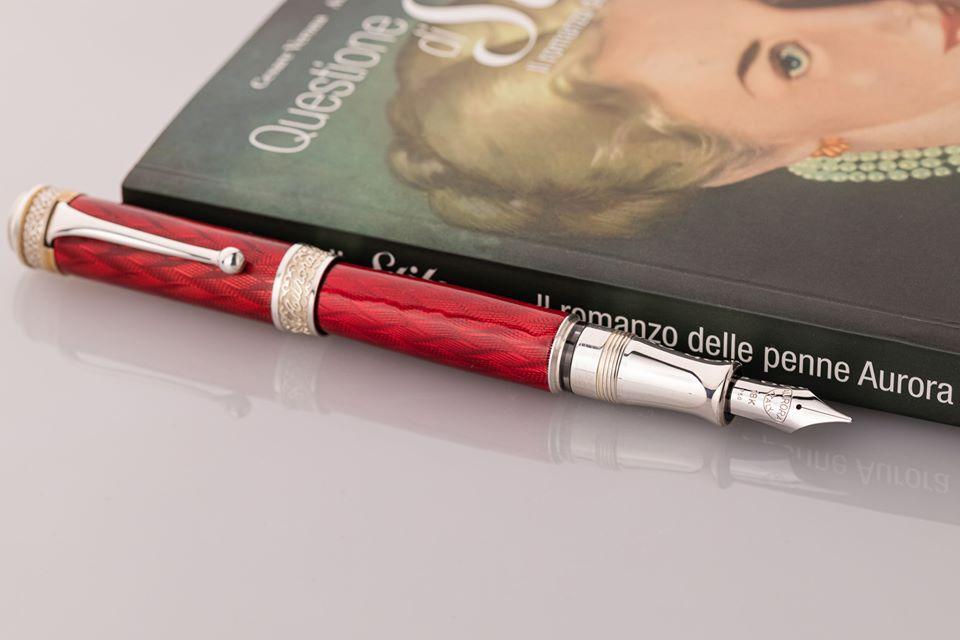 アウロラ 100周年記念 限定生産品 チェント・アニべルサリオ・レジーナ 万年筆
