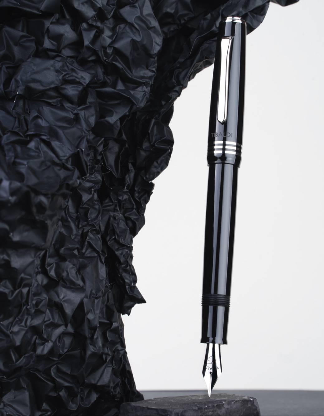 ティバルディ モデル60 万年筆 ブラック