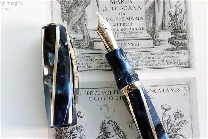 ビスコンティ ディヴィーナ エレガンス インペリアルブルー オーバーサイズ 万年筆